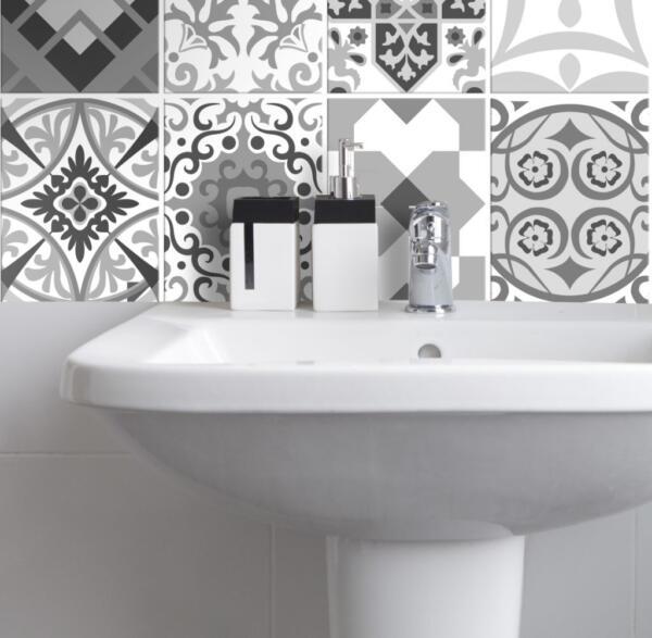 Fliesenaufkleber für Bad Deko u. Küche - Portugiesisch-Schwarz-Weiss-Floral